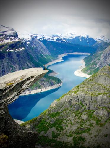 ノルウェーの絶景、トロルの舌とシェラーグボルテンに行ってきた!意外と怖くない?!part1